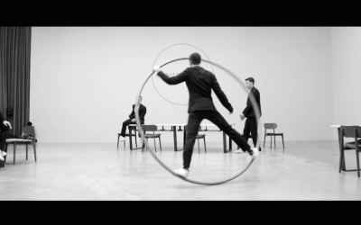 パフォーマンスと広告の融合 – Performance × Fashion –
