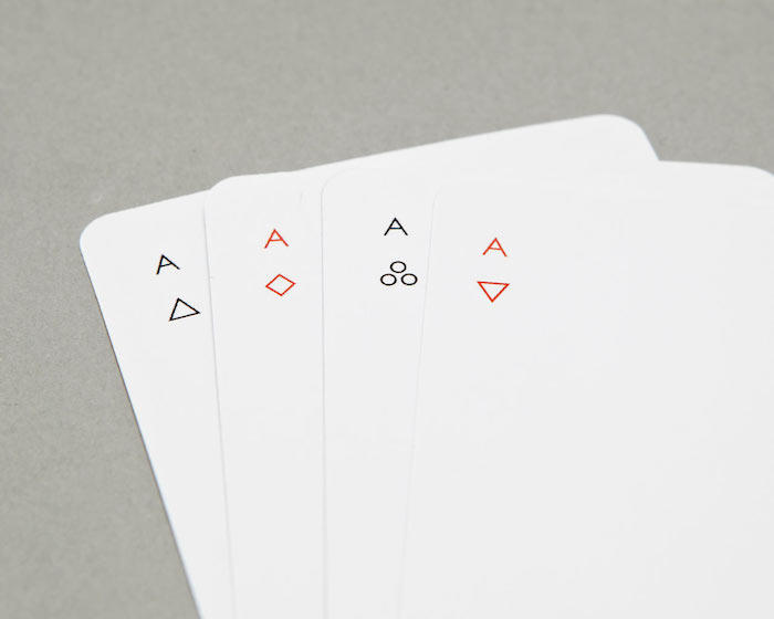 minimalist-playing-card-deck-modern-joe-doucet (1)